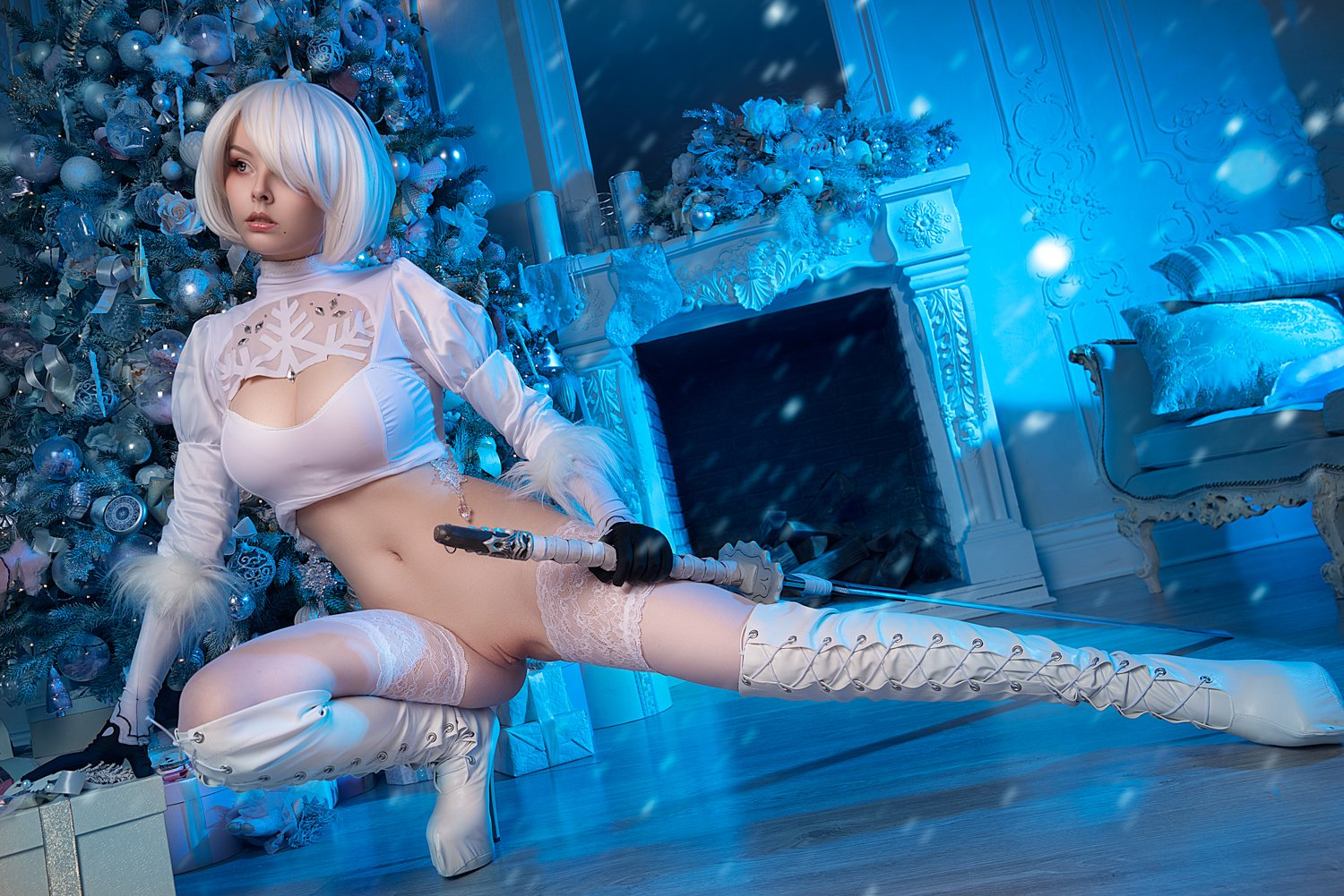 Helly Valentine as 2B nier automata