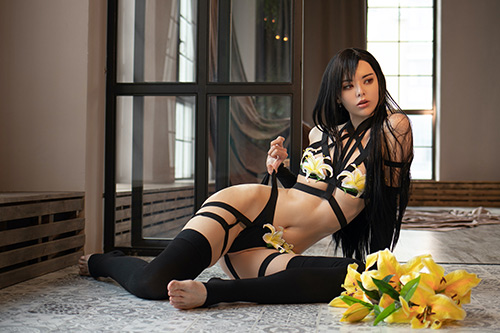 Vinnegal nude cosplay as Tifa Lockhart from Final Fantasy VII : remake