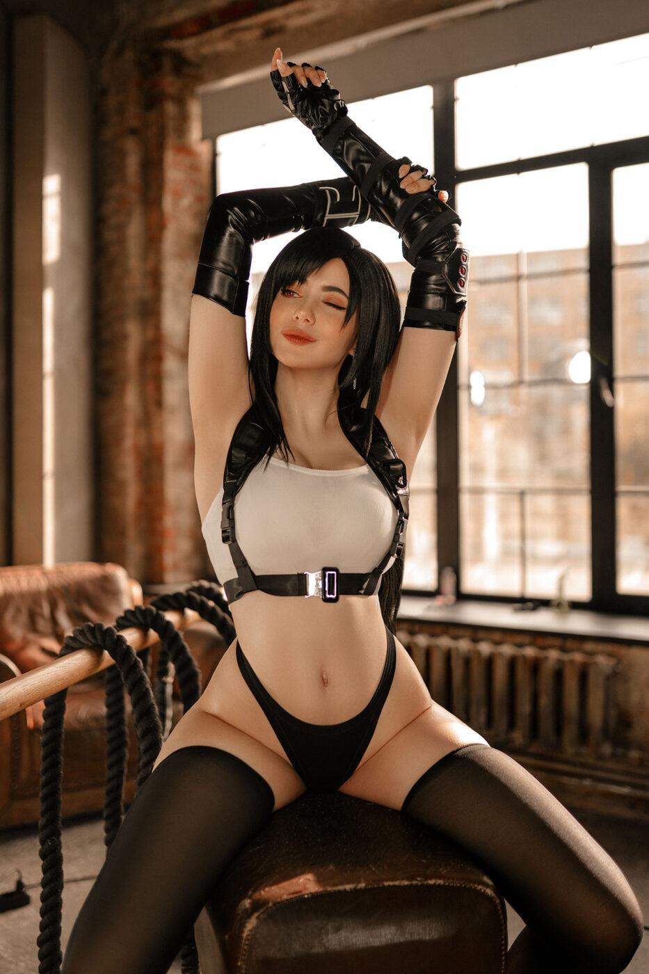 alina becker cosplay tifa lockhart final fantasy 3
