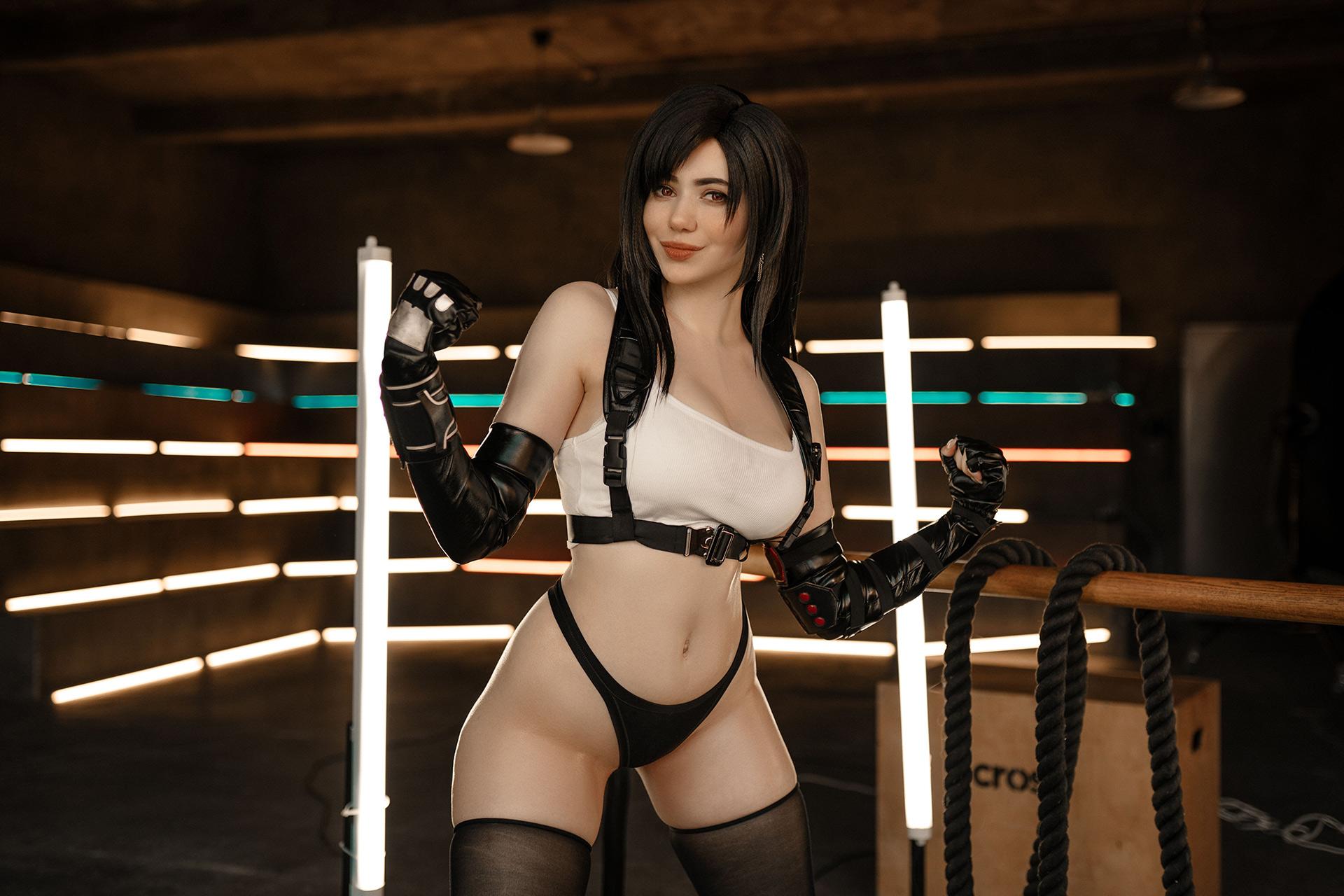 alina becker cosplay tifa lockhart final fantasy 5