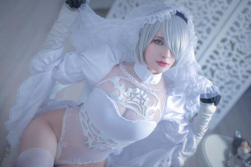 Sai Westwood as 2B: Nier automata sexy cosplay